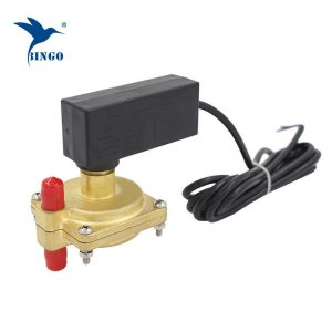 Differenstryk type vand flow switch